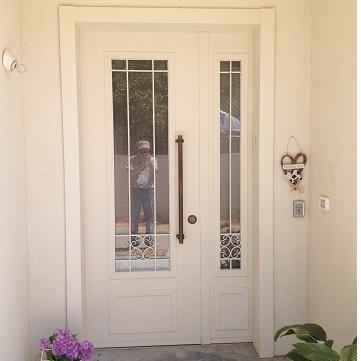 דלת כניסה ברובנס