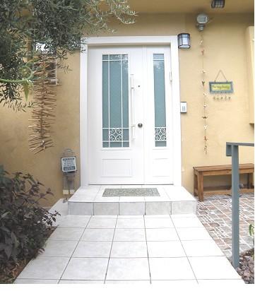 דלת כניסה - פרויקט קדימה
