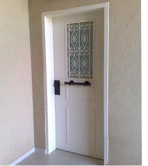 דלתות מעוצבות מחיר